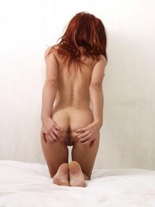 Annie-Pussy-Gymnastics-t711aros4z.jpg